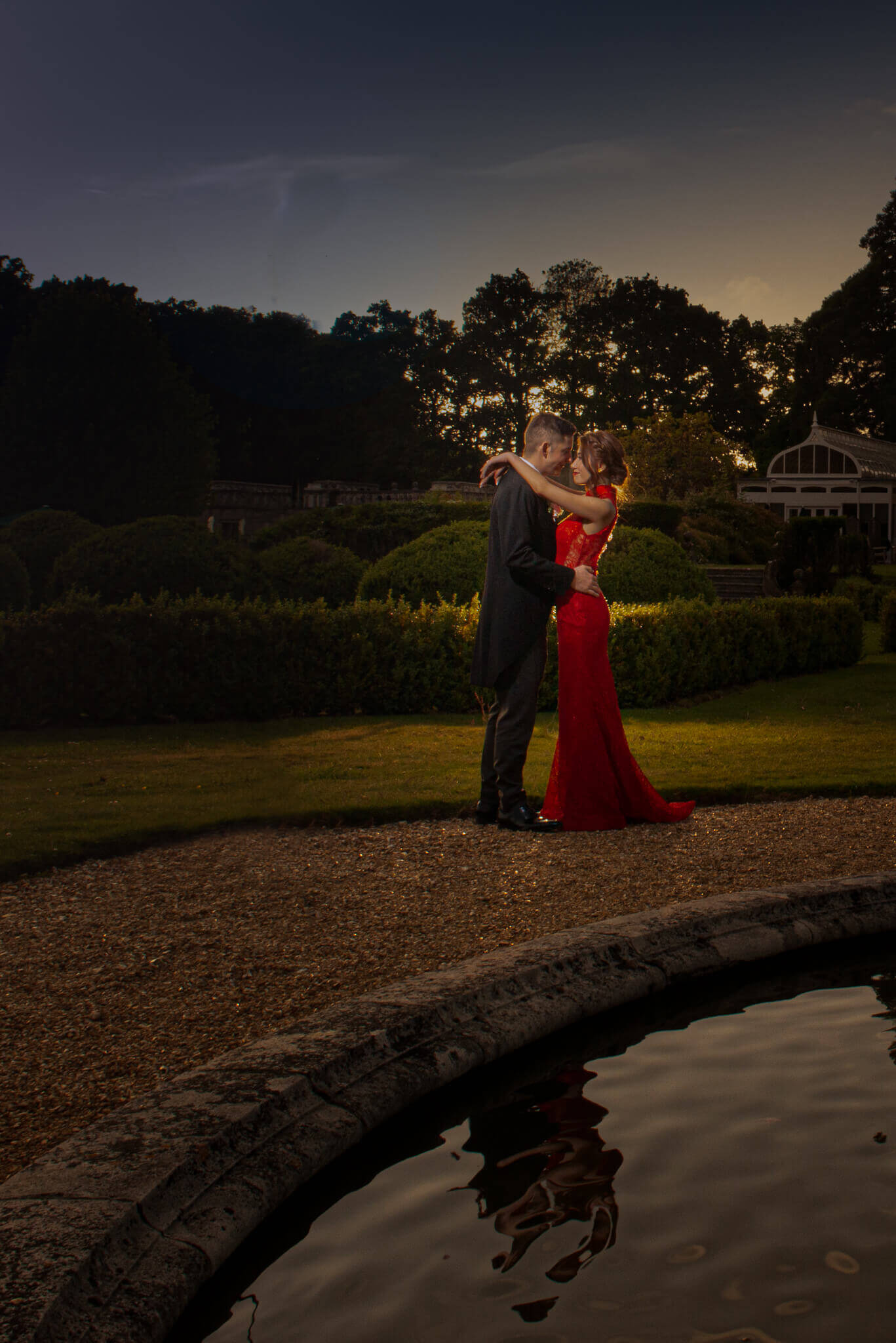 Bride and groom evening portrait at Rhinefield house ©Ryan Hewett Photography