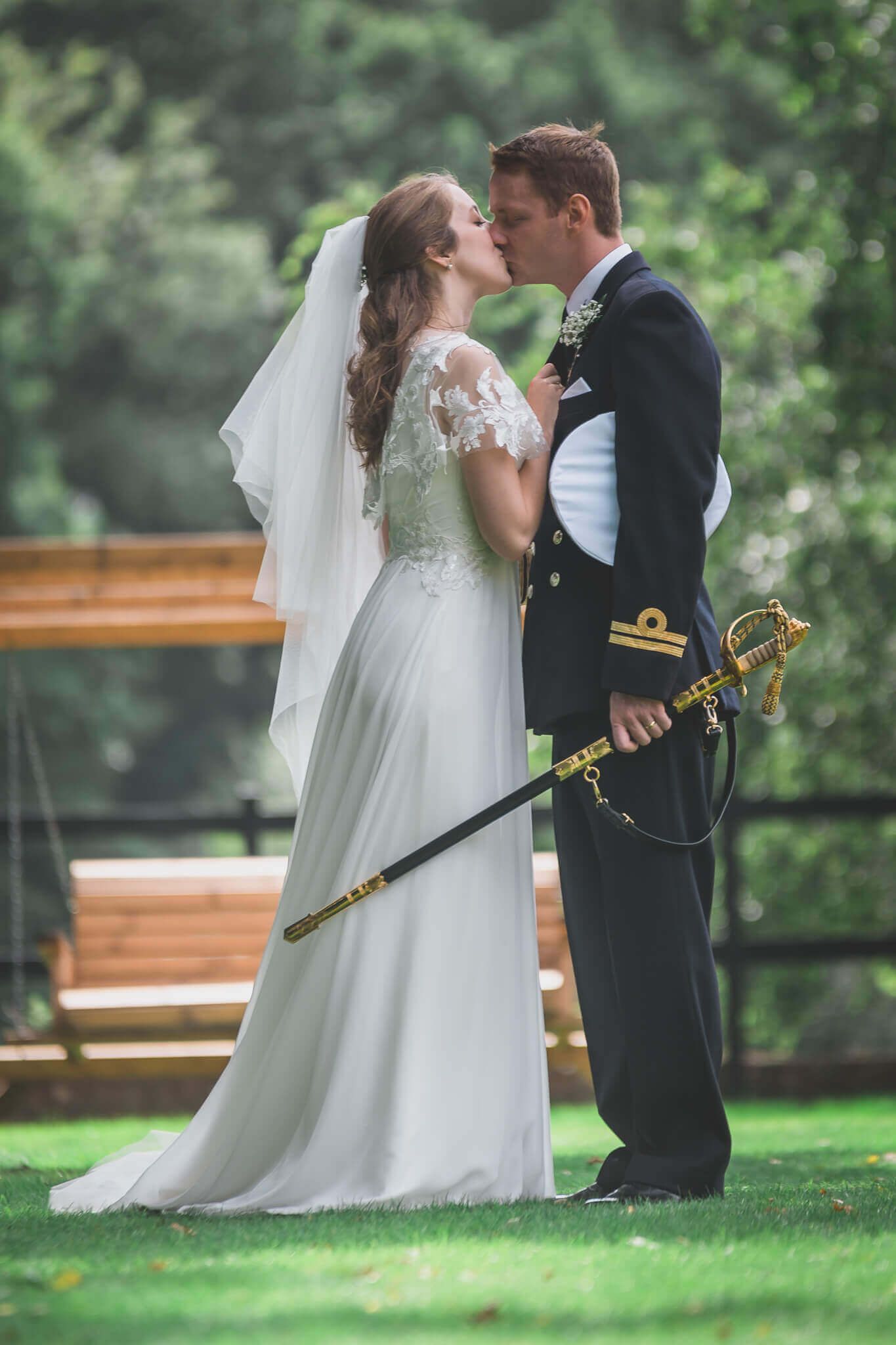Bride and groom kissing photo by Ryan Hewett Photography
