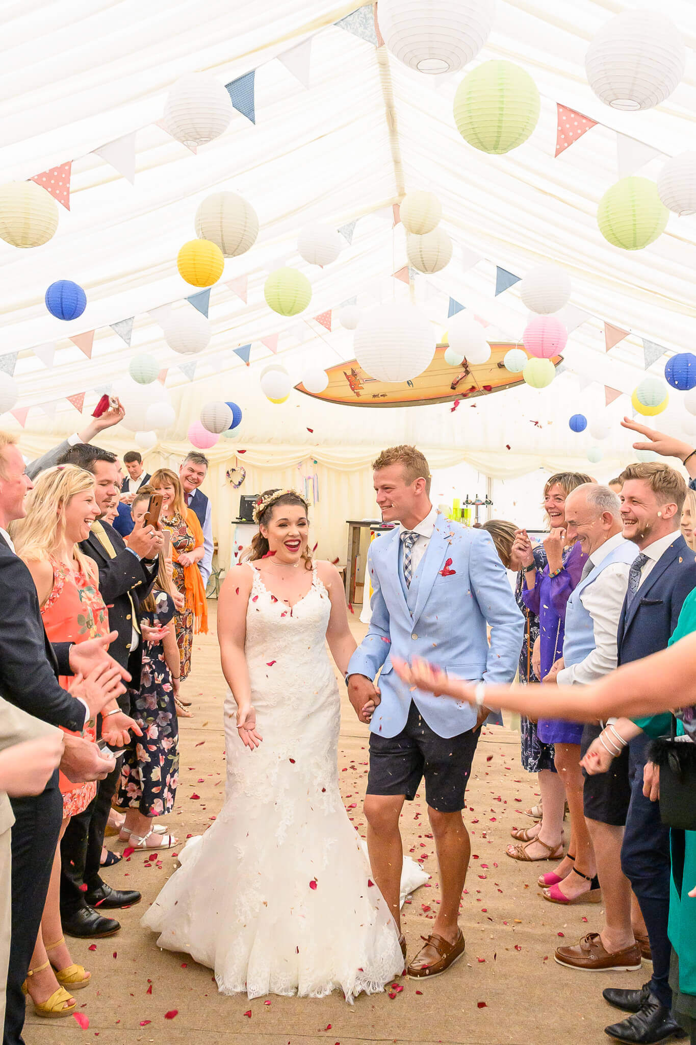 Bride and groom Confetti photo by Ryan Hewett Photography